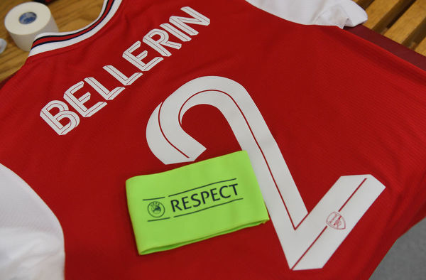 LONDON, ENGLAND - OCTOBER 03: Hector Bellerin's Arsenal shirt and captains armband in the changing room before the UEFA Europa League group F match between Arsenal FC and Standard Liege at Emirates Stadium on October 03, 2019 in London, United Kingdom