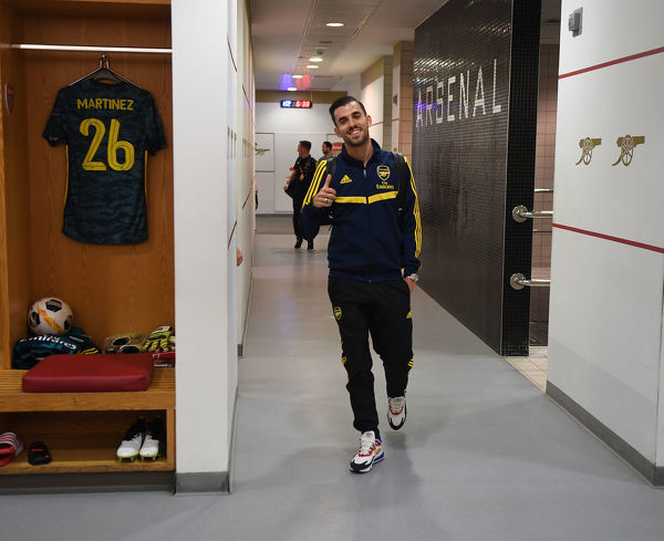 LONDON, ENGLAND - OCTOBER 03: Dani Ceballos in the Arsenal changing room before the UEFA Europa League group F match between Arsenal FC and Standard Liege at Emirates Stadium on October 03, 2019 in London, United Kingdom