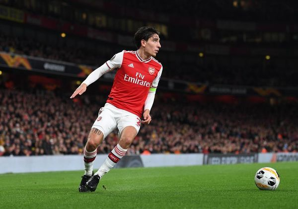 LONDON, ENGLAND - OCTOBER 03: Hector Bellerin of Arsenal during the UEFA Europa League group F match between Arsenal FC and Standard Liege at Emirates Stadium on October 03, 2019 in London, United Kingdom