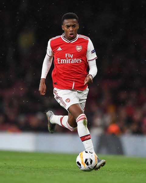 LONDON, ENGLAND - OCTOBER 03: Joe Willock of Arsenal during the UEFA Europa League group F match between Arsenal FC and Standard Liege at Emirates Stadium on October 03, 2019 in London, United Kingdom