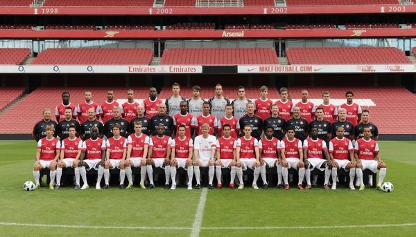 arsenal squad arsenal 1st team photocall and membersday emirates stadium 5 8 10