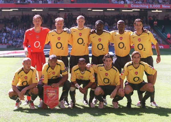 the arsenal team before the match arsenal 12 chelsea fa community shield