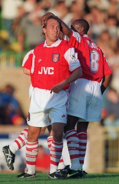 Arsenal players David Platt and Ian Wright - copyright Arsenal