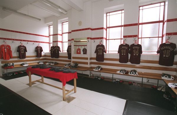 the arsenal changing room arsenal 20 newcastle united