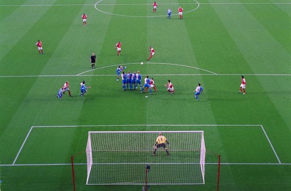 thierry henry arsenal free kick arsenal 30 blackburn rovers