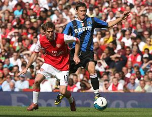 Alex Hleb (Arsenal) Attila Filkor (Inter)