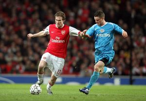 Alex Hleb (Arsenal) Jason Culina (PSV)