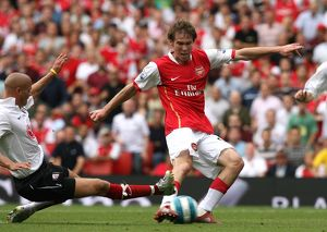 Alex Hleb (Arsenal) Paul Konchesky (Fulham)
