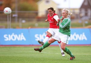 alex scott arsenal elin steinarsdottir