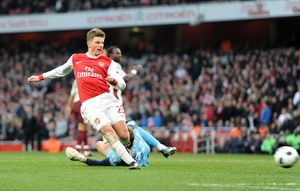 andrey arshavin arsenal scores a goal that