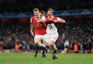 andrey arshavin celebrates scoring arsenals
