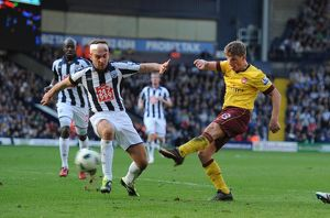andrey arshavin shoots past james morrison