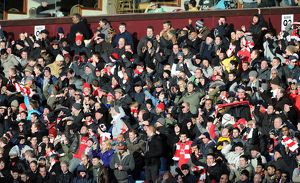 arsenal fans celebrate the 2nd goal aston villa 2