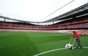 arsenal fc v paris saint germain uefa champions league