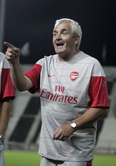 arsenal ladies manager tony gervaise