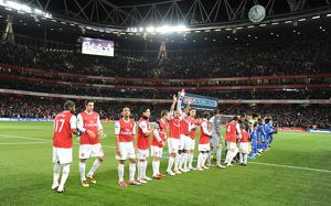 Arsenal players line up before the match. Arsenal 3:1 Chelsea. Barclays Premier League