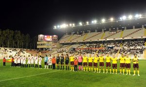 arsenal and rayo line up before the match