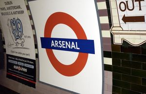 Arsenal Tube sign, 4/3/03