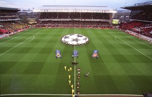 The Arsenal and Villarreal teams walk out before the match, the last floodlit match at Highbury