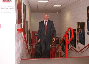 Arsene Wenger the Arsenal Manager. Arsenal 1:2 Chelsea. FA Community Shield