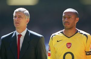 Arsene Wenger the Arsenal manager and Thirry Henry (Arsenal)