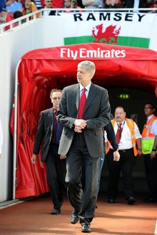 arsene wenger the arsenal manager walks out of the