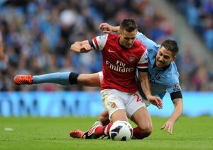 Carl Jenkinson (Arsenal) Javi Garcia (Man City). Manchester City 1:1 Arsenal