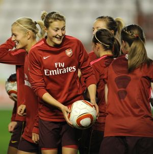 ellen white arsenal warms up before the match