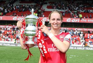 faye white arsenal with the fa cup trophy
