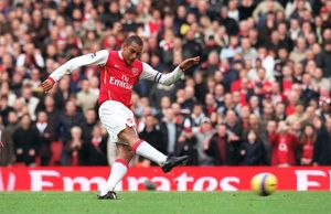 Gilberto scores his 1st and Arsenal's 2nd goal from the penalty spot