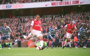 Gilberto scores Arsenal's 1sy goal from the penalty spot