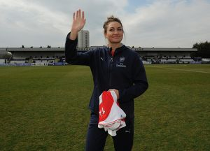 jodie taylor arsenal ladies is introduced