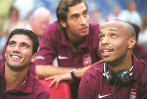 Jose Reyes and Thierry Henry (Arsenal). Ajax 0:1 Arsenal