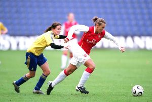 julie fleeting arsenal mia birkehoj olsen brondby