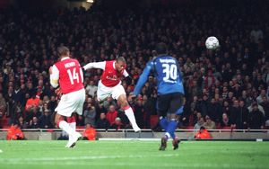 julio baptista scores arsenals 3rd goal