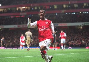 justin hoyte celebrates scoring arsenals 2nd goal