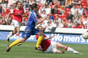 kelly smith scores arsenals 1st goal past alex culvin