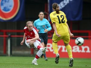 kim little arsenal sedleckova sparta