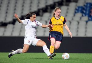 kim little arsenal simone gomes lyon