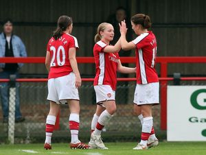 kim little celebrates scoring arsenals 2nd goal with