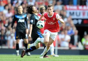 laurent koscielny arsenal ji sung park man united