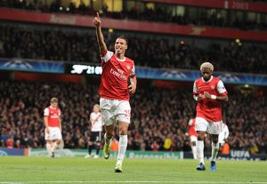 marouane chamakh celebrates scoring the 5th arsenal