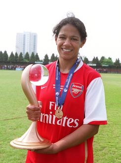 mary phillip arsenal with the european trophy