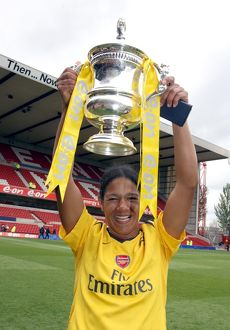 mary phillip arsenal with the fa cup trophy
