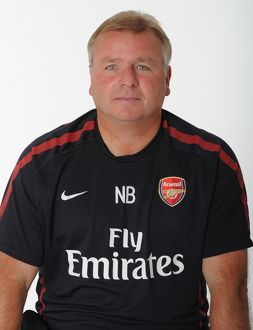 Neil Banfield (Arsenal Reserve Team Manager). Arsenal 1st Team Photocall and Membersday