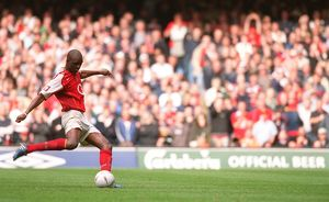 Patrick Vieira scores the penalty that wins the FA Cup for Arsenal