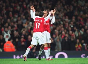 Robin van Persie celebrates scoring his 1st goal Arsenal's 3rd from the penalty spot with Thierry Henry. Arsenal 4:0 Charlton Athletic. FA Premiership. Emirates Stadium, London, 2/1/07. Credit: Arsenal Football Club /