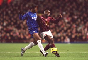 Sol Campbell (Arensal) Didier Drogba (Chelsea). Arsenal 0:2 Chelsea