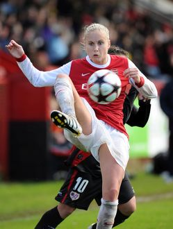Steph Houghton (Arsenal). Arsenal Ladies 4:1 Rayo Vallecano. Womens UEFA Champions League