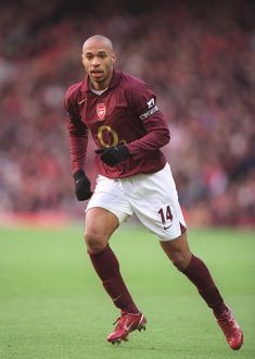 Thierry Henry (Arsenal). Arsenal 3:0 Blackburn Rovers. FA Premiership